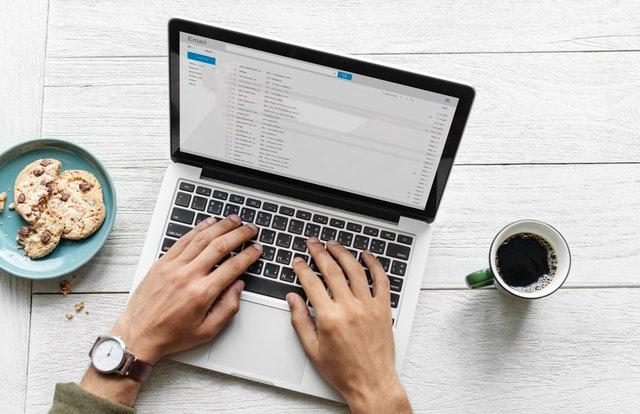 formulaire pour capturer un maximum d'adresse e-mail réseaux